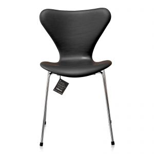 NY Arne Jacobsen 3107 Alaska Sort Anilin