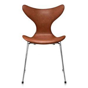 Arne Jacobsen Mågen 3108 Classic Brandy Semi Anilin