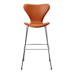 Arne Jacobsen Barstol Model 3187/3197 Elegance Walnut Anilin