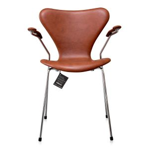 NY Arne Jacobsen 3207 Classic Brandy Semi Anilin