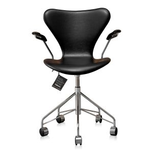 NY Arne Jacobsen 3217 Classic Sort Semi Anilin