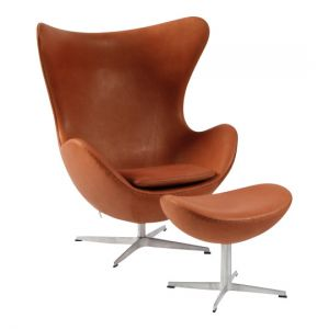 Arne Jacobsen Ægget med skammel Alaska Cognac Anilin