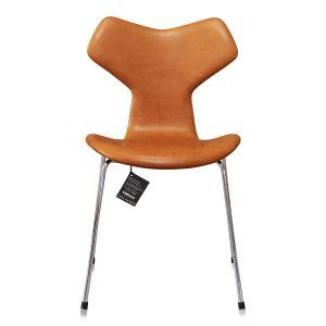 Ny Arne Jacobsen Grand Prix model 3130 Vacona cognac
