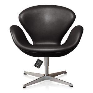 Svanen, eller model 3320, er designet af Arne Jacobsen i 1958 og anses som værende en nytænkende stol grundet dens kurvede former og ingen rette linjer.